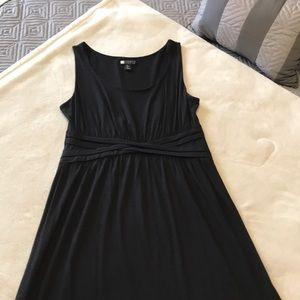 Size large black sleeveless dress